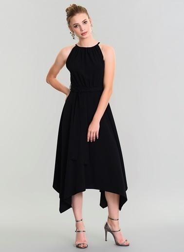 People By Fabrika Sırtı Şerit Detaylı Elbise Siyah